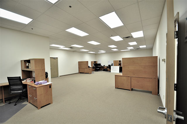 15151A Open Office Cubicles